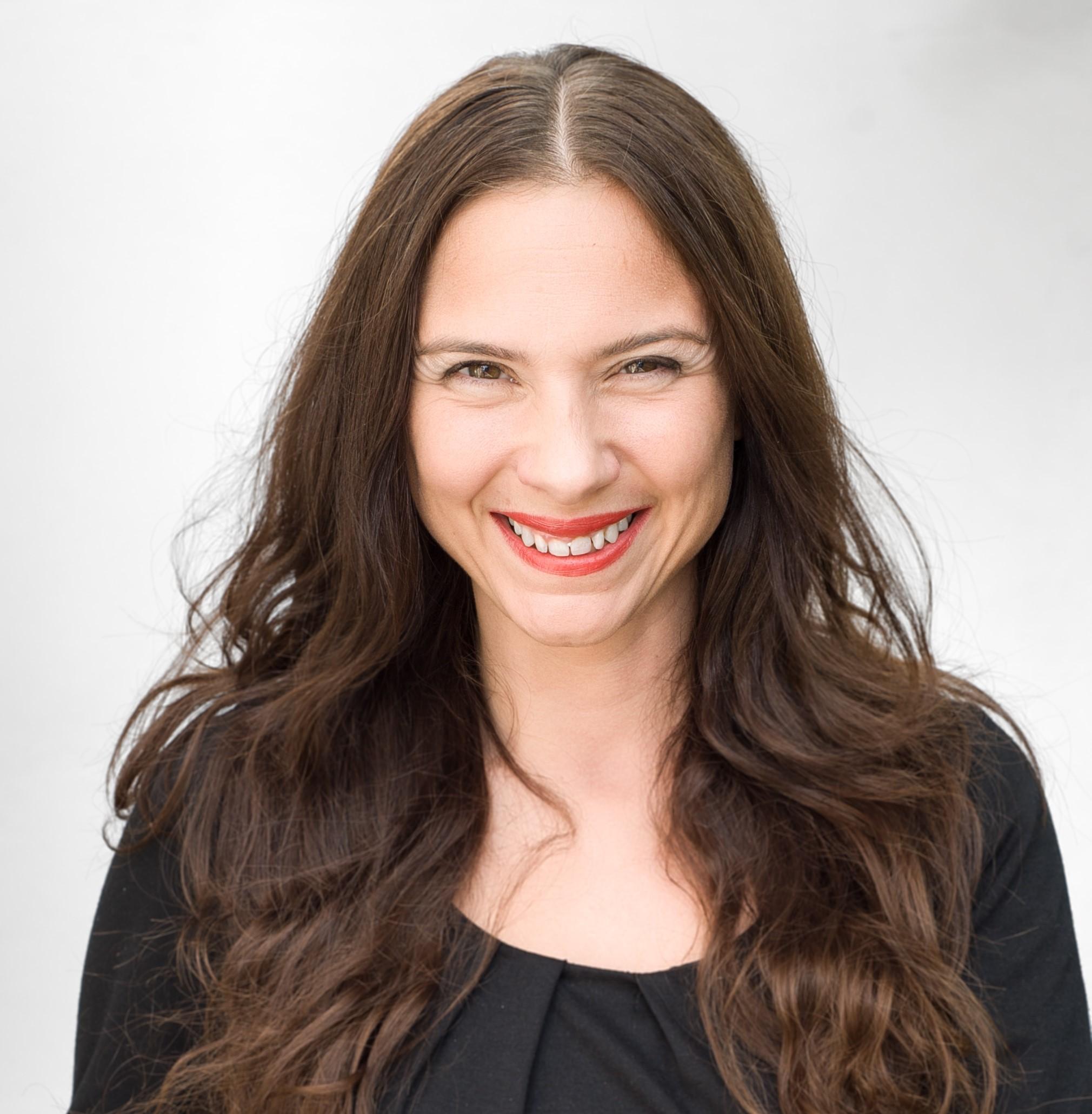 Claire Bueno