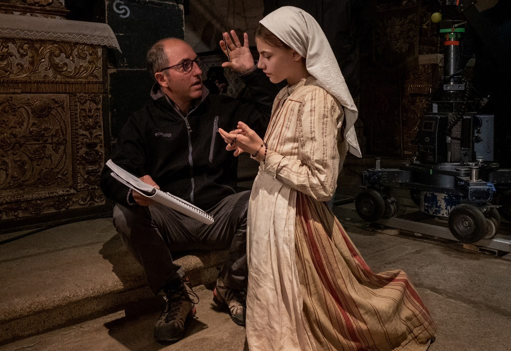 FATIMAFatima-1034CR – Director Marco Pontecorvo and Stephanie Gil on the set of Fatima, an uplifting story about the power of faith.Photo Credit: Claudio Iannone ©2020 PICTUREHOUSE. ALL RIGHTS RESERVED.